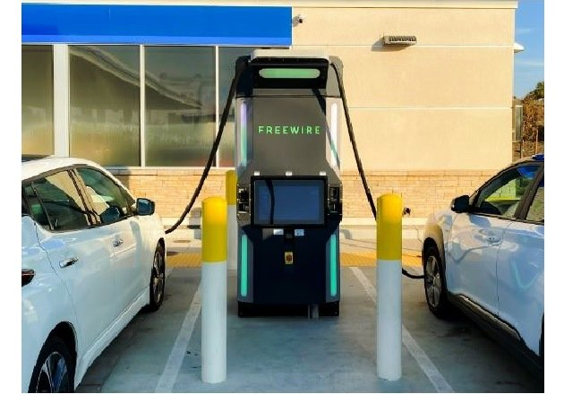 The Boost Charger can charge two cars at the same time. Image used courtesy of Freewire.