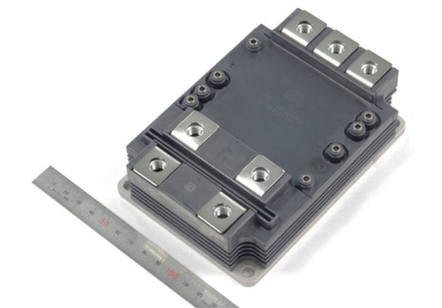 3.3 kV Full-SiC power module in LV100 package with 6 kV insulation voltage