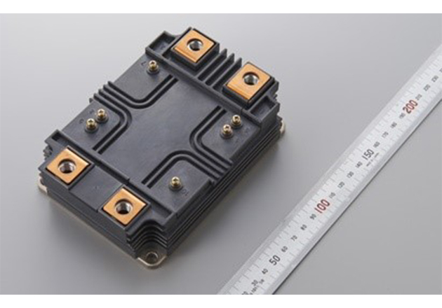 6.5 kV Full-SiC power module in HV100 package with 10.2 kV insulation voltage