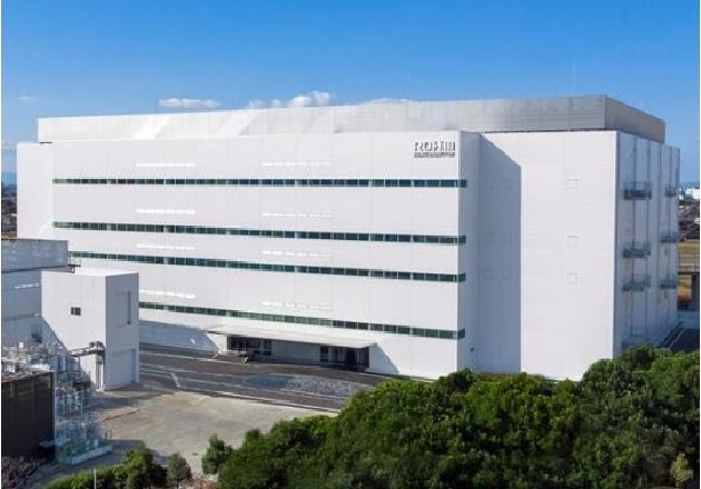 ROHM opened a new environmentally friendly building at its Apollo Chikugo plant. Image courtesy of ROHM Semiconductor.