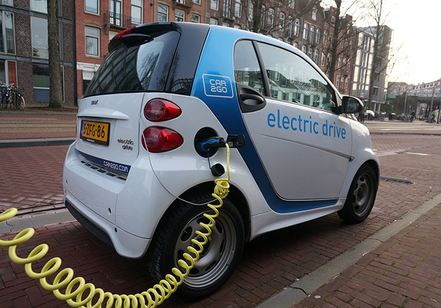 Li-rich NMC is a promising battery material for powering electric vehicles.