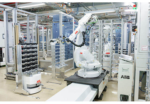 AGVs and robots working hand-in-hand in the test area of the IGBT production line