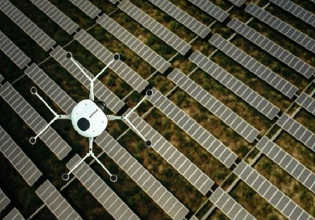 A DMI drone inspecting a solar farm. Image used courtesy of DMI.