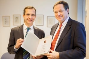 Dr.-Ing. Frank Osterwald is appointed to be Honorary Professor of University of Applied Sciences Kiel