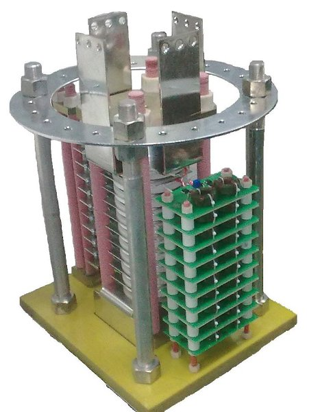 Experimental thyristor switch for commutation of current pulse with 250 kA amplitude