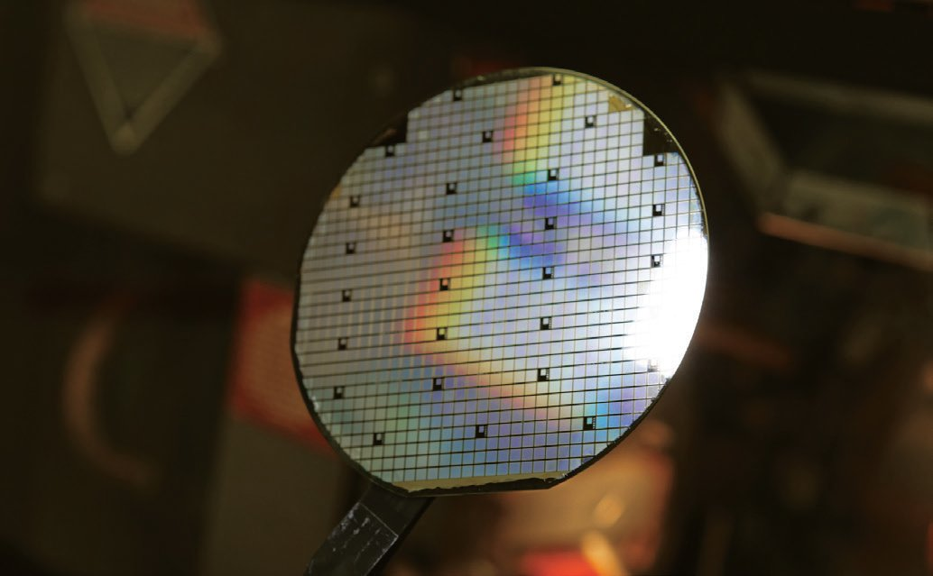 Figure 1: The adoption of SiC devices into systems will be governed by a variety factors, including wafer quality and cost, but demand will be the main driving factor for switching from 4- to 6-inch wafers.