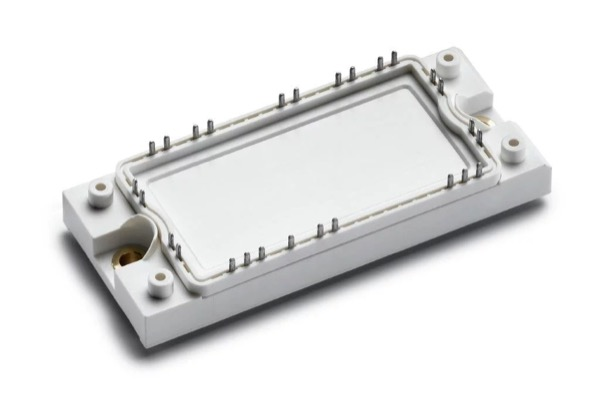 Exemplary E2 power module for a 60-kW energy storage inverter with SiC MOSFETs (footprint: 45 mm x 107.5 mm)