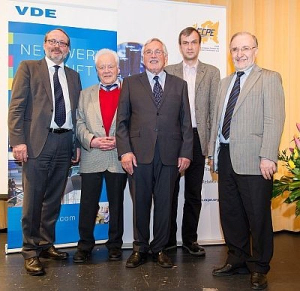 From left to right: Thomas Harder/ ECPE, Prof. Dieter Silber/ University of Bremen, Prof. Eckhard Wolfgang/ ECPE, Prof. Andreas Lindemann/ University of Magdeburg, Prof. Leo Lorenz/ ECPE.