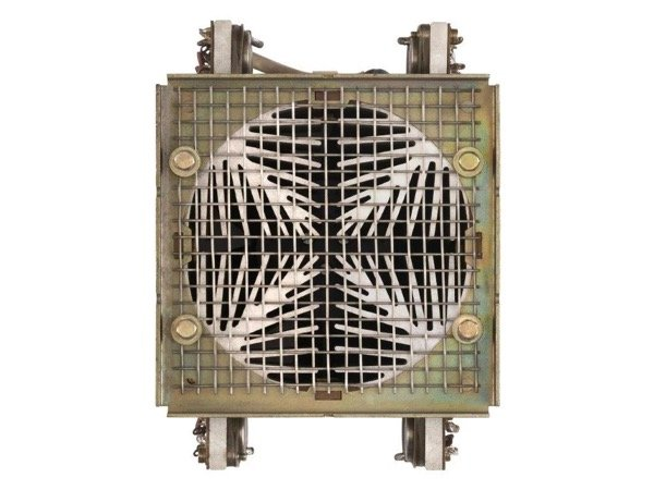 Combined fan/cooling unit.In this design, each of the four heatsinks must be thermally monitored.