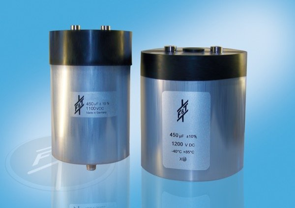 As part of a research project the Husum-based capacitor specialist FTCAP is researching new, long-lasting film capacitors for converters in wind power plants